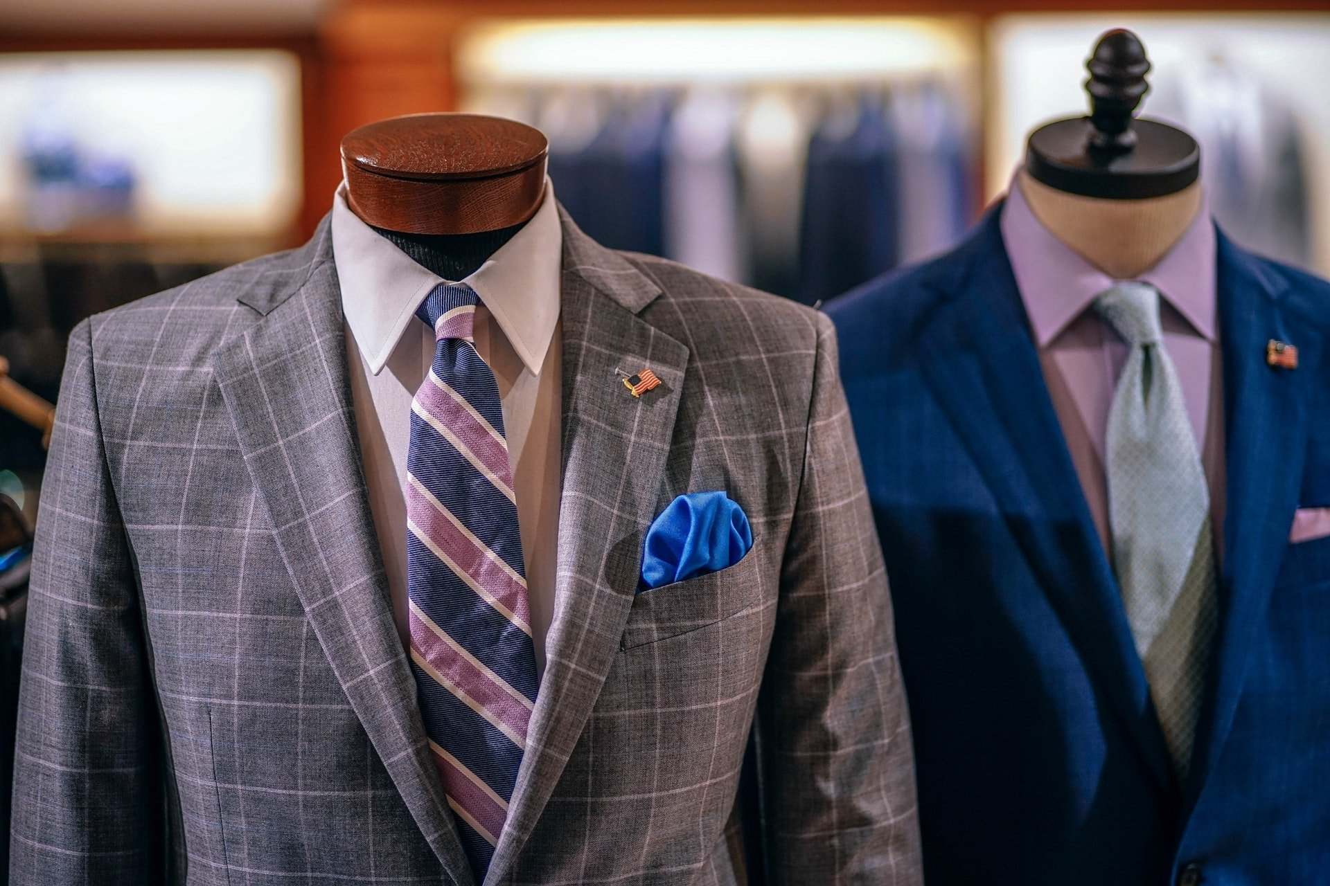 mens suits on mannequins